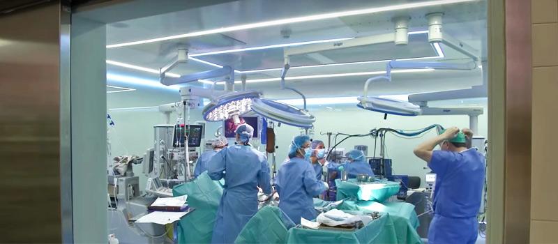 Trasplantes cardíacos simultáneos